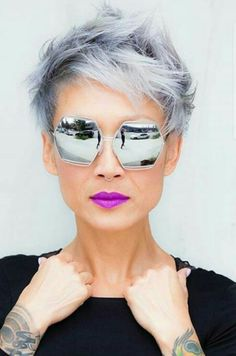 Salt and pepper gray hair. Grey hair. Silver hair. White hair. Granny hair don't care. No dye. Dye free. Natural highlights. Aging and going gray gracefully. http://postorder.tumblr.com/