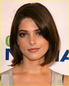 Ashley Greene make and hair
