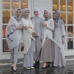 Batik Fashion, Abaya Fashion, Fashion Outfits, Womens Fashion, Hijab Style Dress, Hijab Outfit, Islamic Fashion, Muslim Fashion, Kebaya Dress
