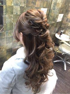 ローラ風ヘアセット☆ の画像|秋田市 ヘアセット専門店『ヘアステージ★ヴォーグ』 Things To Do, Hairstyles, Long Hair Styles, Beauty, Hair Style, Wedding, Things To Make, Haircuts, Hairdos