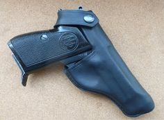 Beretta 70 & 71 custom pistol holster See my full range of custom hand made leather goods at www.makeitjones.co.uk