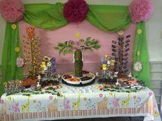 Mesa de dulces Safari