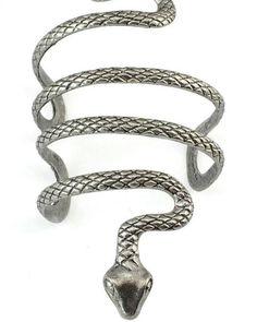 European Vintage Style Silver Snake Shape Open Bangle Cuff Fashion Bracelets & Bangles For Women Bracelet Serpent, Snake Bracelet, Snake Jewelry, Bracelets For Men, Silver Bracelets, Fashion Bracelets, Bangle Bracelets, Silver Earrings, Bracelet Charms