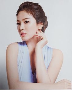 Сон Хе Кё (Гё) | Song Hye Kyo | 송혜교 Song Hye Kyo, Song Joong Ki, Autumn In My Heart, Songsong Couple, Hallyu Star, The Grandmaster, Korean Actresses, Korean Beauty, Wedding Couples