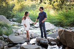 I love this perfect BoHo engagement session out in nature! It perfectly embodies their personalities and also syncs quite nicely with my own personal style :-) @crown_weddings
