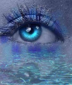 Water Reflection Eye