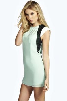 Amber Colour Block Shift Dress. Get sizzling discounts up to 60% Off at Boohoo using Coupon & Promo Codes.