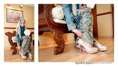 #kahwinkawinbridal #bridal #bride #sgbrides #makeup #mua #hairstyles #hairstyling #hairdo #photoshoot #photography #prewedding #outdoorshoot #ido #wedding #onceinalifetime #exclusive #fairytale #pengantin #moment #love #melayu #malay #weddingcard #weddingring #ring #memories #hijab #muslim #weddingday #vintage #songket   www.kahwinkawinbridal.com kahwinkawin.bridal@gmail.com