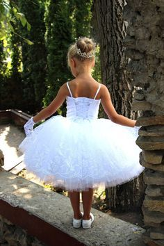 Items similar to White Flower Girls Dress - Birthday Wedding Party Holiday Peasant Bridesmaid Tulle White Dress on Etsy Toddler Flower Girl Dresses, White Flower Girl Dresses, Lace Flower Girls, Little Girl Dresses, First Communion Dresses, Girls Pageant Dresses, Birthday Dresses, Marie, Ball Gowns
