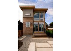 This builder has some great ideas....love the look of modern and small!