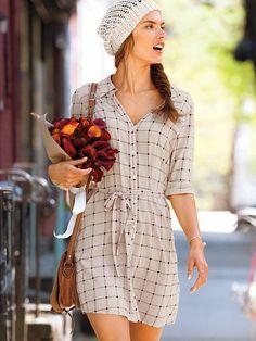 Alessandra Ambrosio for VS July Day Dresses, Cute Dresses, Summer Dresses, Casual Dresses, Casual Outfits, Alessandra Ambrosio, Vestidos Sexy, Dress Skirt, Shirt Dress