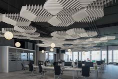SoftGrid® - Scale acoustical system defines your space and controls acoustics at any scale with gridded layout configurations and the highly performative acoustic characteristics of Soft Sound® PET plastic with up to recycled content). Interior Ceiling Design, False Ceiling Design, Office Interior Design, Office Interiors, Office Ceiling, Open Ceiling, Commercial Design, Commercial Interiors, Game Design