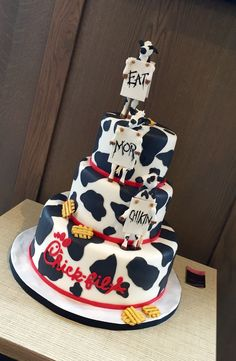 Chick-fil-A's (Cape Cod) Grand Opening Cake 13th Birthday Cake For Girls, 15th Birthday Cakes, Girls Birthday Party Themes, 10th Birthday Parties, Teen Birthday, Cake Designs For Girl, Cake Design For Men, Teen Cakes, Girl Cakes