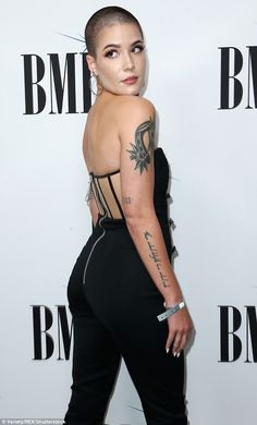 Halsey debuts edgy new buzz cut in a revealing tuxedo jumpsuit Halsey Short Hair, Buzz Cut Women, Buzz Cuts, Girls With Shaved Heads, Revealing Swimsuits, Shave My Head, Locks, Bald Girl, Short Hairstyles