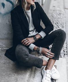 13 trajes para la lluvia, pero no tanto frío - estilo casual - estilo urbano - estilo clasico - estilo natural - estilo boho - moda estilo - estilo femenino Looks Street Style, Looks Style, Looks Cool, Style Me, Girl Style, Classic Style, Tomboy Fashion, Look Fashion, Autumn Fashion