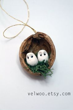 Owl Ornament set - Rustic Christmas Decorations - animal ornament- Walnut ornament- nutshell Christmas Tree Ornament- Cute Woodland Rustic Christmas Ornament  Magical, enchanting and made to last for many, many years, this gorgeous Christmas ornament is sure to delight. Super cute nursery decoration and wonderful for wedding and party favors too. However it can be a perfect gift for any owl fun! Perfect decoration for that funny and cute Christmas tree. These would make a unique addition to…