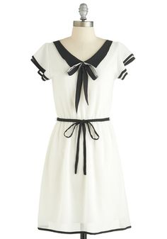 Adorable dress with piping detail
