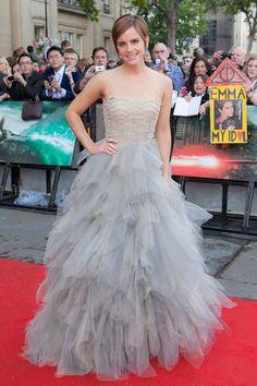 JULY 2011 - She wore an Oscar de la Renta dress for the London premiere of the film.