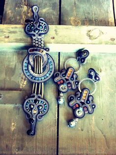 Dusk bracelet & earrings