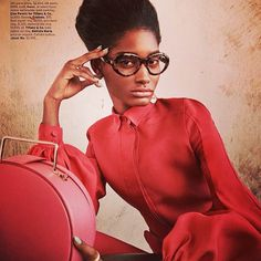 #editorial #elegant #afrowoman #red #fashion #blog #fashionblogger #soydepeloapretado #styling #missbalanta #pritti | Flickr - Photo Sharing!