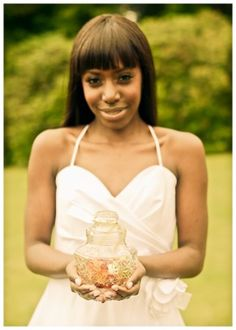 Bride. Garden wedding. #vintage #wedding #luthienphoto #bettyrosevintage