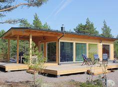 "40 Likes, 2 Comments - Pluspuu Log Houses (@pluspuutalot) on Instagram: ""Log cabin Jurmo 60 almost ready in summer sun. #logcabin #hirsimökki #timmerhus"""