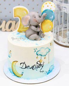 Baby Boy Birthday Cake, Baby Birthday Cakes, Baby Boy Cakes, Girl Cakes, Princess Birthday, Royal Icing Cakes, Buttercream Cake, Elephant Baby Shower Cake, Baby Shower Cakes
