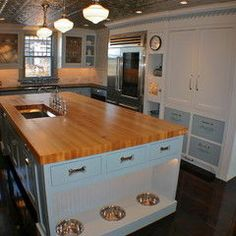Love this website! Great site to look on for remodeling, or redecorating any rooms inside or outside of your house!