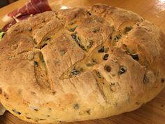 Olivabogyós kenyér Bread, Food, Brot, Essen, Baking, Meals, Breads, Buns, Yemek