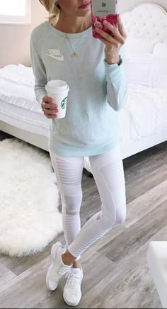 White moto leggings This is an exclusive limited edition engraving only sold Mode Outfits, Sport Outfits, Winter Outfits, Casual Outfits, Fashion Outfits, Casual Athletic Outfits, Athletic Style, Athletic Clothes, Gym Outfits