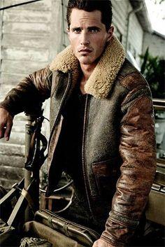20 meilleures images du tableau Blouson aviateur homme   Leather ... 45022133d6aa