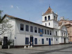 Pátio do Colégio, construção implantada em sítio considerado a primeira ocupação da cidade - Centro - SP