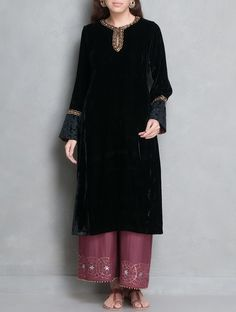 Buy Black Golden Zari Embellished & Applique Detailed Velvet Kurta Online at Jaypore.com