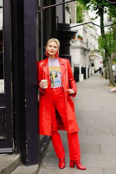 How To Do Tonal Blocking (W/Out Looking Like A Crayola) | Man Repeller