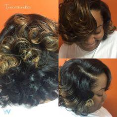 Whose your hair care specialist ? #haircare #hairgoals #hairislife #hairbylakia #healthyhair #healthyhairstudios #healthyhairspecialist #modernsalon #layers #thecutlife #lahair #voiceofhair #behindthechair #curlbox #curlbox #naturalhair #blackhair #nosilkpressneeded #customcut #shebanging #holidayhair #lakiashantee #vcu #odu #vuu #rvahairstylist #rvahair #757hairstylist #dmvhairstylist book your appointment today by emailing lsthomp23@gmail.com by treasurekia