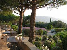 Wedding venue in Provence Destination Wedding Provence Un Grand Oui www.ungrandoui.com