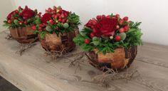 Herfstworkshop 2015 Decoratieve bollen Flower Ball, Flower Show, Flower Pots, Deco Floral, Arte Floral, Floral Design, Small Centerpieces, Modern Flower Arrangements, Christmas Decorations