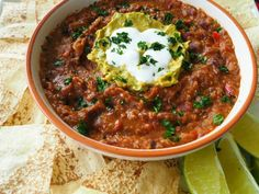 thermomix chilli con carne Mexican Food Recipes, Whole Food Recipes, Cooking Recipes, Mexican Meals, Vegetarian Soup, Vegetarian Recipes, Savoury Recipes, Quinoa Chilli, Chilli Con Carne Recipe
