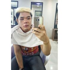 Another session in saloon #menfashion #menstyle #menwear #new #hairstyle #indonesia #instafashon #instapic #instamoment #instamood #fashion #indonesia #olahraga #fitness #gym #muscle #muscleman #bodybuilding #branded #asianmenstyle #asianboy #asiancute #with #love #mood #hahaha #asianmen #asian #with #family #cuteguy #ootd by anthonysucai