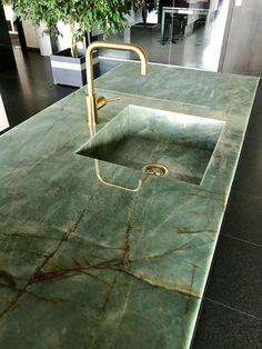 Interior Design Kitchen, Interior And Exterior, Kitchen Decor, Interior Decorating, Green Marble, Cuisines Design, Küchen Design, Cheap Home Decor, Interior Inspiration