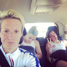 Megan Rapinoe, Julie Johnston, Morgan Brian. (Instagram):