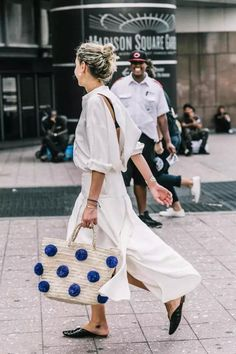 BLOGGED: Straw bags in the city