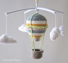 Hot Air Balloon - Baby Mobile // Free Crochet Pattern by {Amour Fou}