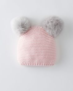 Top off your little girls look with hats and gloves for girls. Shop Hanna Andersson for the latest baby girls hats and gloves for fashion in all seasons. Baby Cardigan Knitting Pattern Free, Baby Hats Knitting, Knitting Patterns Free, Knitted Hats, Baby Girl Hats, Girl With Hat, Baby Girl Dresses, Girls Hats, Crochet Baby