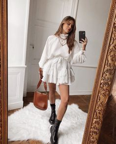 Streetwear Fashion white sweater and white skirt Summer Dress Outfits, Casual Outfits, Cute Outfits, Fashion Outfits, Womens Fashion, Fashion Trends, Fashion Clothes, Fashion Fashion, Fashion Ideas