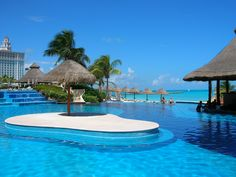 Fiesta Americana Grand Coral Beach Cancun Resort & Spa's Pool