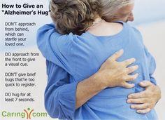 Al cuidar a un ser querido con #demencia, el tacto es tranquilizador cuando se siente inseguro.