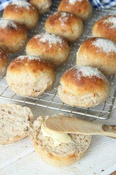 Swedish Recipes, Breakfast Snacks, Bagan, Bread Baking, Food Inspiration, Love Food, Food To Make, Bakery, Food Porn