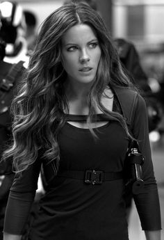 Kate Beckinsale. Style/hair/awesomeness