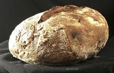 Non di solo pane...: PANE INTEGRALE FICHI E NOCI